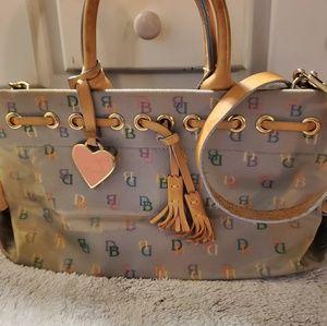 Dooney&bourke handbags